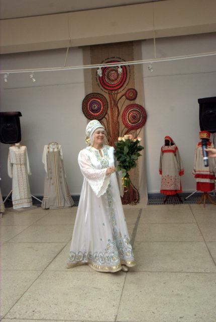 Заслуженная артистка РФ Наталья Купина г. Самара в сценическом костюме