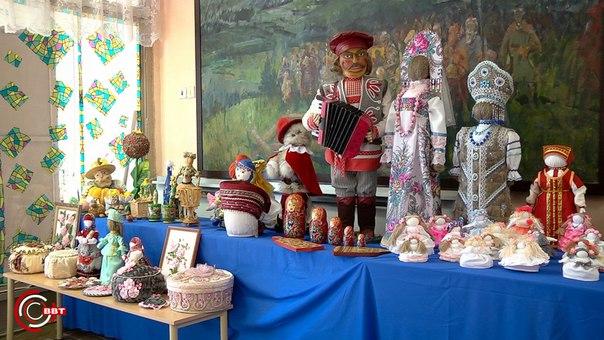 Выставка Дома народных ремесел в рамках Дня работника культуры